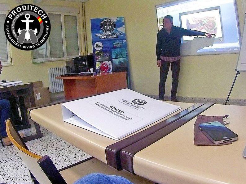 CURSO DE BUCEADOR PROFESIONAL DE PEQUEÑA PROFUNDIDAD