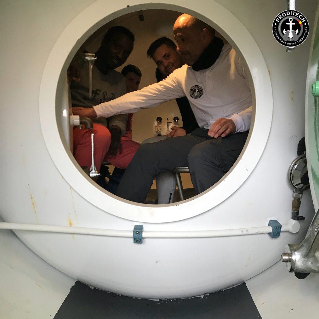Inmersión en cámara hiperbárica- cursos buceador profesional